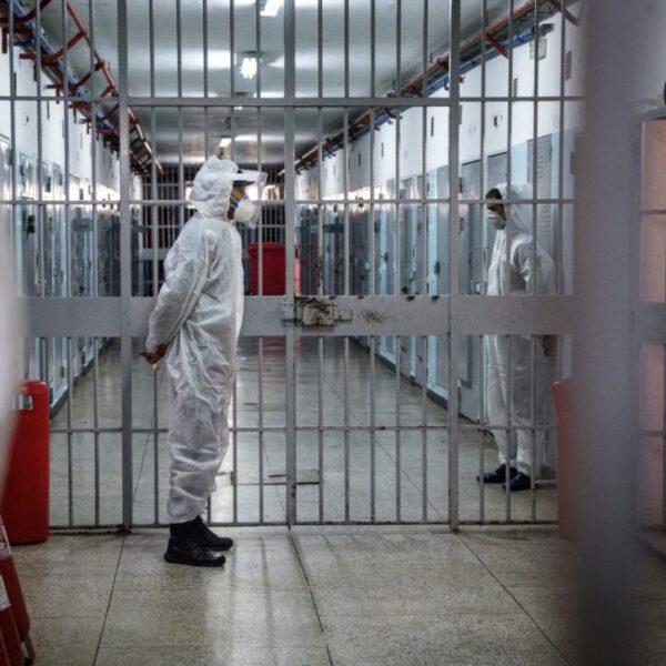 Report lunedì 18 gennaio - carceri e covid-19