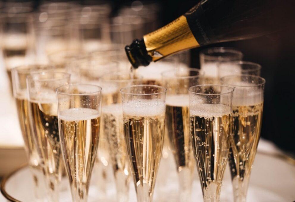 Spumanti e champagne eccezionali per brindare nel 2021