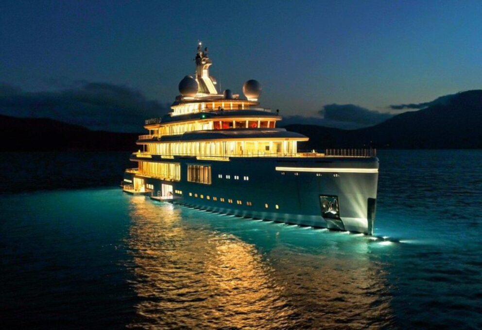 """Lo Yacht lussuoso di Benetti """"Luminosity"""". Tecnologia, sicurezza e prestazioni imbattibili"""