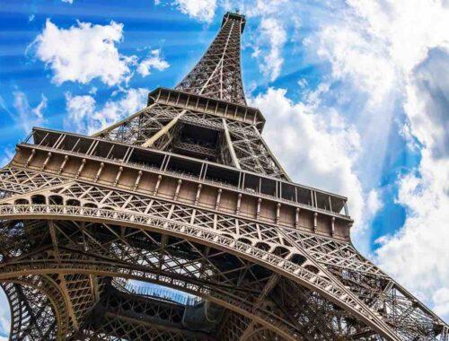 La Tour Eiffel: 132 anni portati molto bene